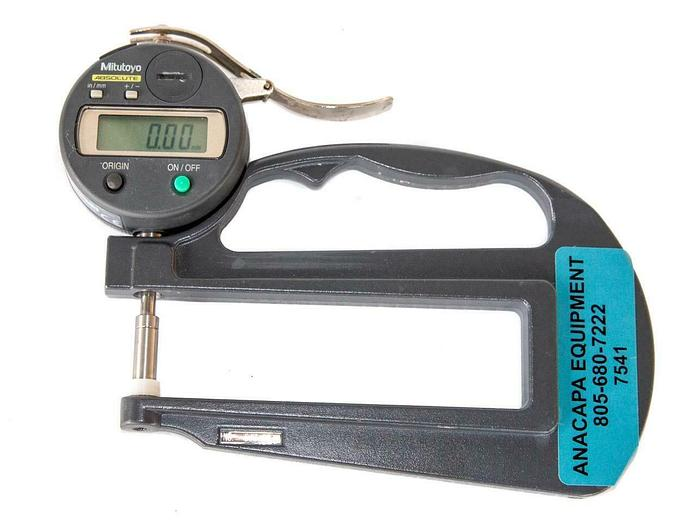Used Mitutoyo Absolute 547-520 Digimatic Thickness Gage USED (7541) W