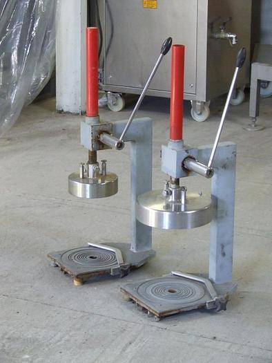 Używane Otwieracz do puszek metalowych