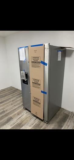 Whirlpool  24.5 Cu. Ft. Side-by-Side Stainless Steel Refrigerator WRS555SIHZ