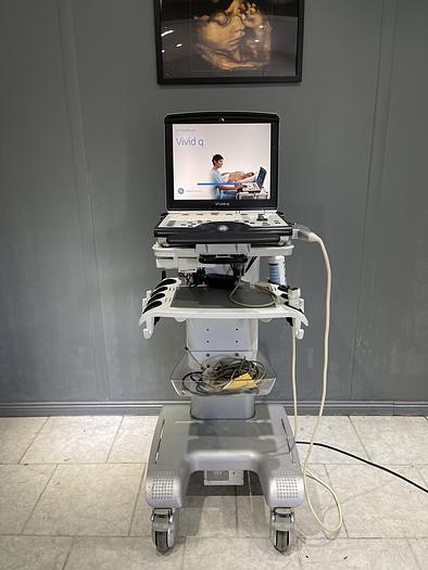 Gebraucht GE Vivid q Ultraschallgerät auf Vivid i Trolley mit 2 Sonden und EKG Kabel