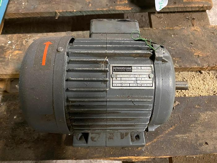Used Antriebstechnik Electric motor 0,37 kW