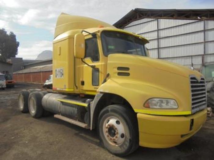 2009 MACK CXN 613