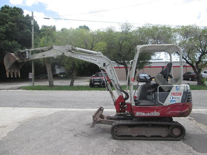 Used 2015 Takeuchi TB228 Mini Excavator