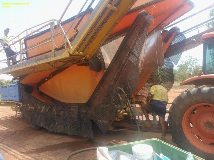 HARVEST AID Agricultural Machinery