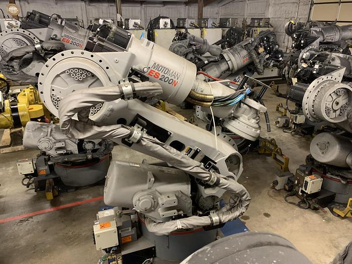 Used YASKAWA MOTOMAN ES200N 6 AXIS 200KG X 2,651MM HIGH REACH ROBOTS (40) AVAILABLE NX-100 CONTROLLERS