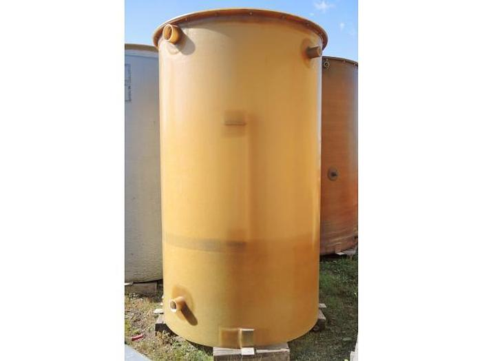 USED 830 GALLON TANK, FIBERGLASS