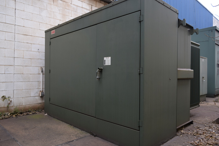 1996 INDUCTOTHERM VIP DUAL TRAK 6000 KW, 15 TON x2
