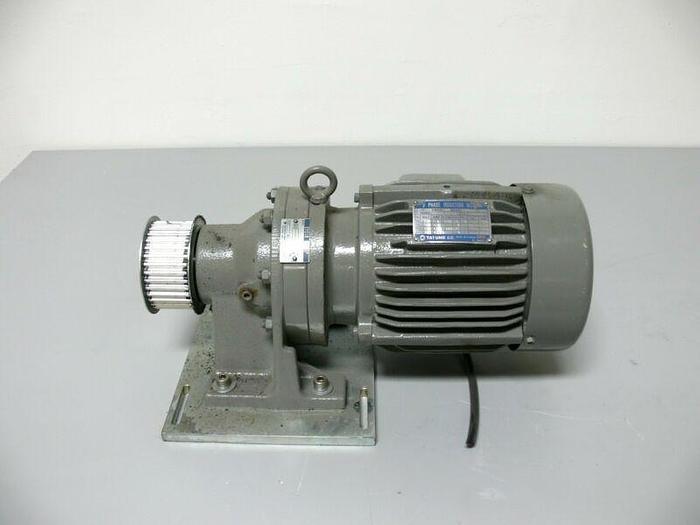 Used Tatung 3 Phase Induction Motor EBFC-D w/ Sumitomo CNHM-4095 Cyclo Drive