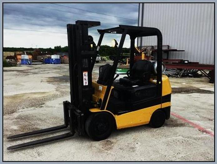 "Used 1998 Caterpillar TGC25 Forklift, 188""Triple Mast, Side Shift, Cushion Tire, 5K Capacity, Propane"