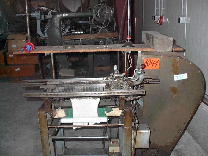 Gebraucht Bänderstrickmaschine  DIAMANT  DCF E04/036