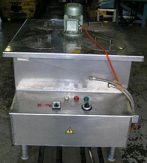 Used Incubator for dairy test etc. with temperature control.