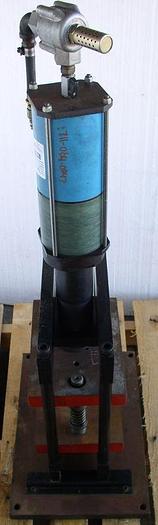Used MultiCyl MultiCage Model 12MCP1215XL Pneumatic Press