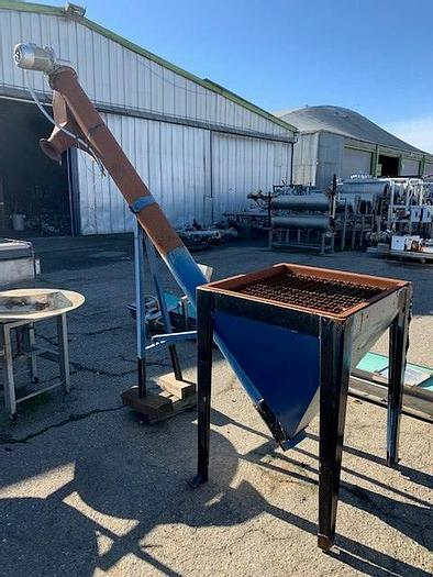 Used Stainless Steel Hopper Feed Tank with Screw Auger Discharge