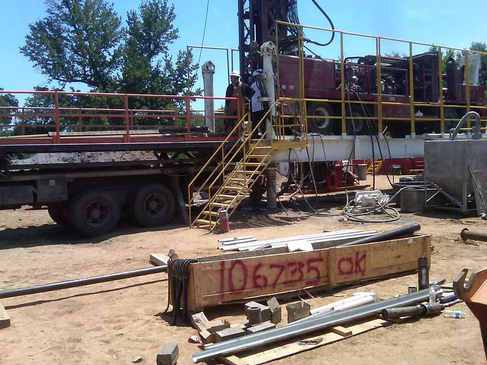 2000 Lang Explatory Drilling and Fabrication Jackup Rig Platform