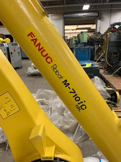 2015 FANUC M710iC/12L NEVER USED