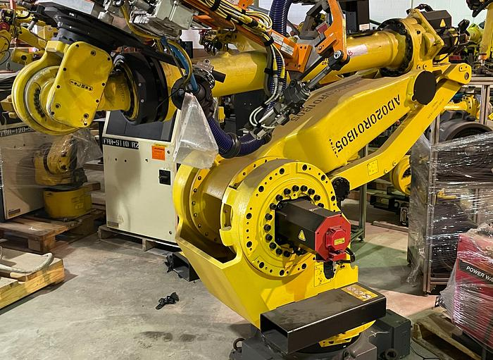 Used 2014 FANUC M900iA/260L 6 AXIS 260 kg X 3100 mm REACH ROBOT WITH R30iB CONTROLLER