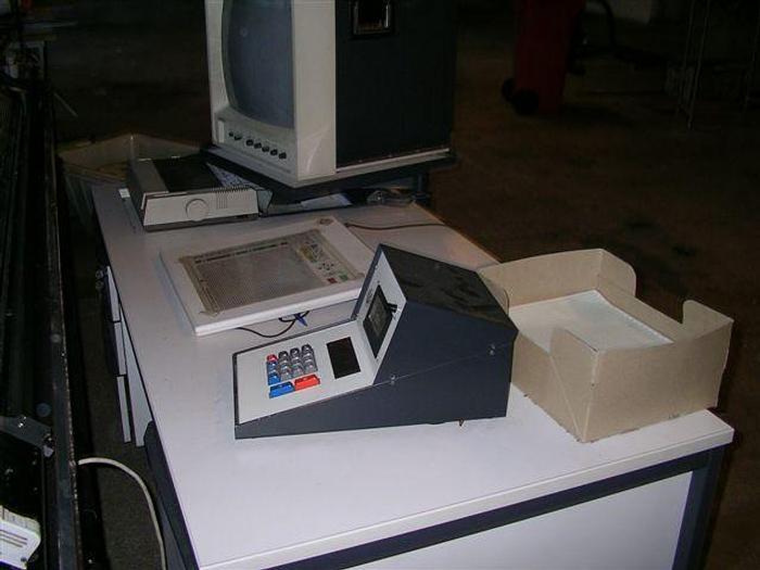 Gebraucht Musterungsanlage für Flachstrickmaschinen UNIVERSAL  MA 5500