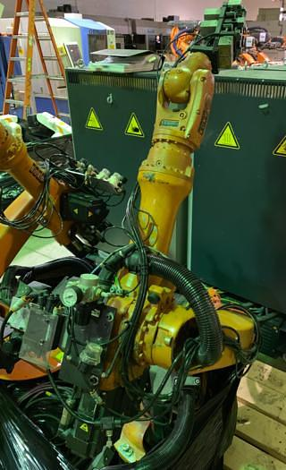 Used 2006 KUKA KR6 ARC 6 AXIS CNC ROBOT