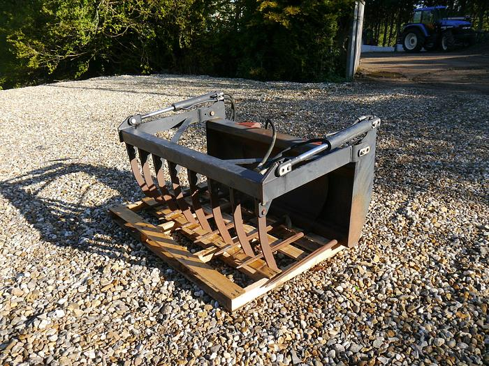 Used Quicke Muck Grab