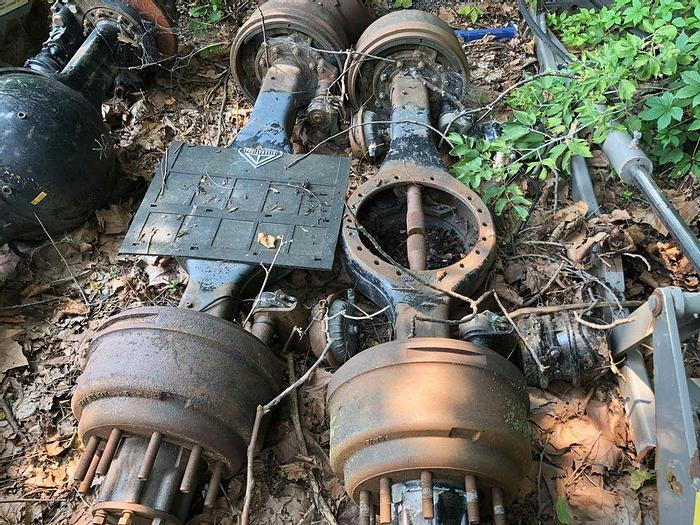 Used 2000 Mack CH613 Axle Housings