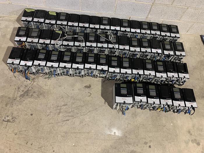Used ALLEN BRADLEY POWERFLEX 70 DRIVE 1 HP