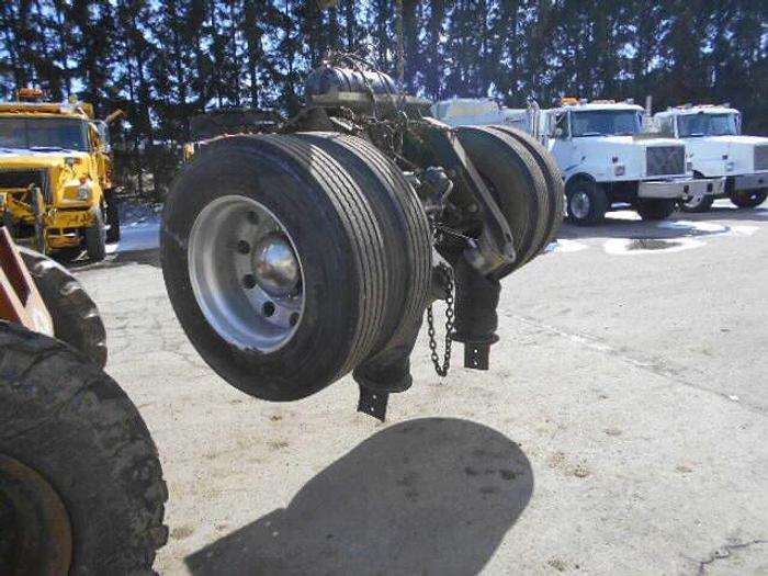 Used 1999 Pusher Axle- Stock #: 0086