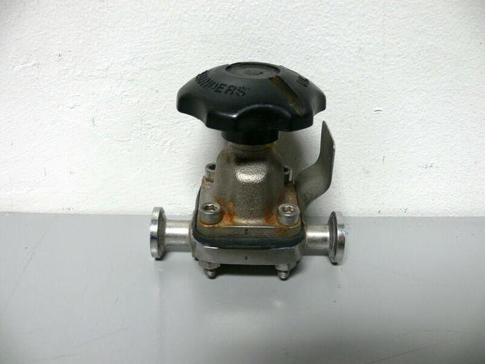 "Used Saunders 08-17Rev Stainless Steel Diaphragm Valve w/ 1/2"" Sanitary Fitting"