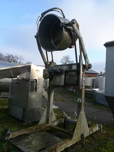 Używane Lakierowana wywrotnica do zbiorników okragłych