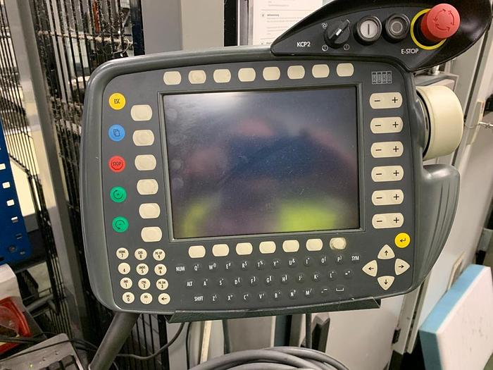 D56 Robotcell KUKA KR 60 L Vision system