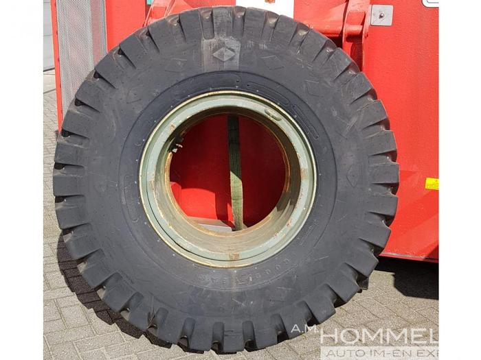 Used Goodyear 16.00-25 32ply