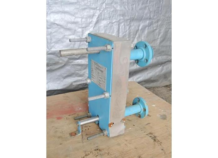 USED HEAT EXCHANGER, PLATE, 14 SQ. FT., STAINLESS STEEL
