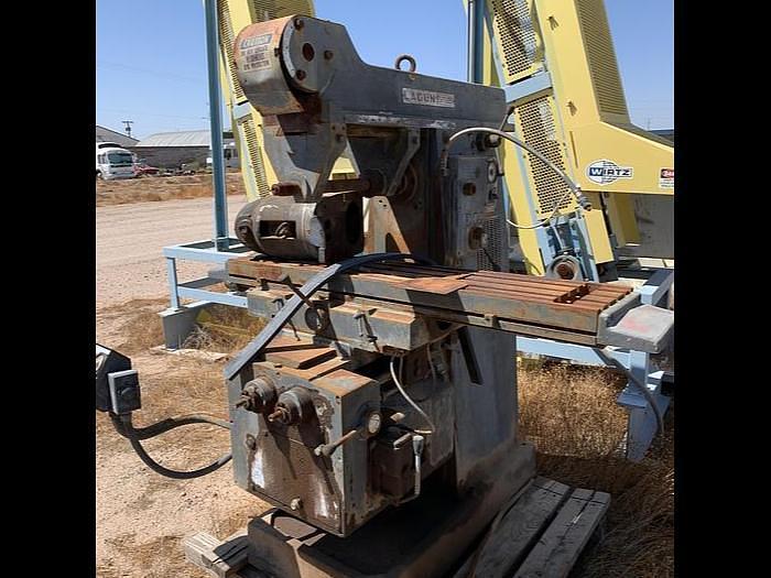 Used Lagun Horizontal and Vertical Milling Machine