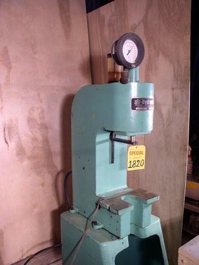 "Used 1 Ton Air-Hydraulic Model C-100 Pneumatic Press; 12"" DLO"