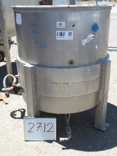 250 Gallon Vertical Jacketed Mix Tank #2712