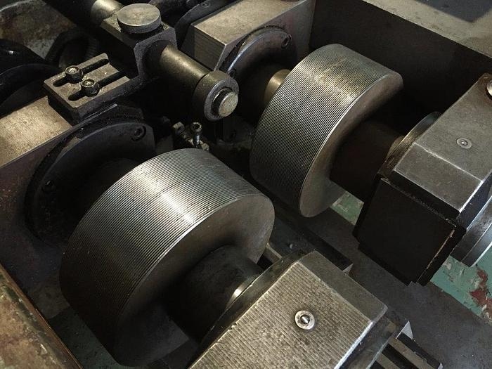 Qindao Sheng Jian Model Z28-6.3 Cylindrical Thread Roller 5145
