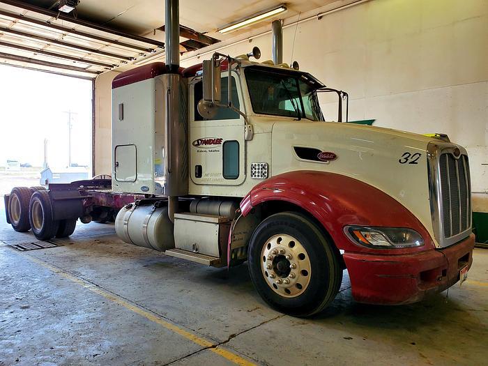 Used 2008 Peterbilt 386 Truck