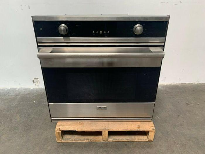 Used Viking Designer Series DSOE301SS Stainless Steel Electric Wall Oven