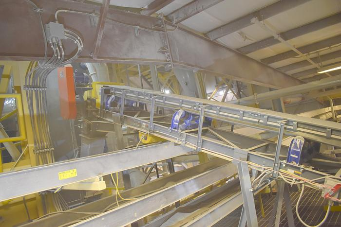 "Used 2017 Used 23 ft long X 18""wide trough belt conveyor,   Thomas Conveyor Company used 23' incline troughing conveyor 23ft x 18"""