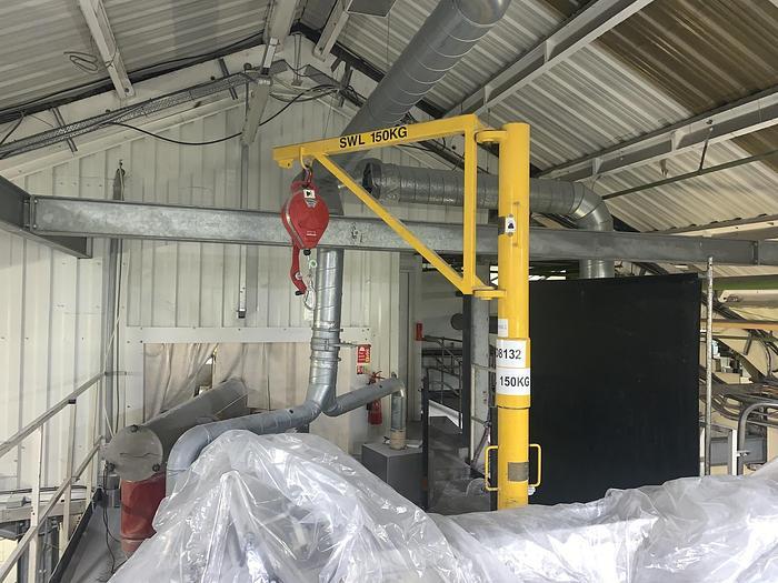 Used DIDSBURY ENGINEERING 500 Minilift Split Pillar Lifting Davit with Hoist