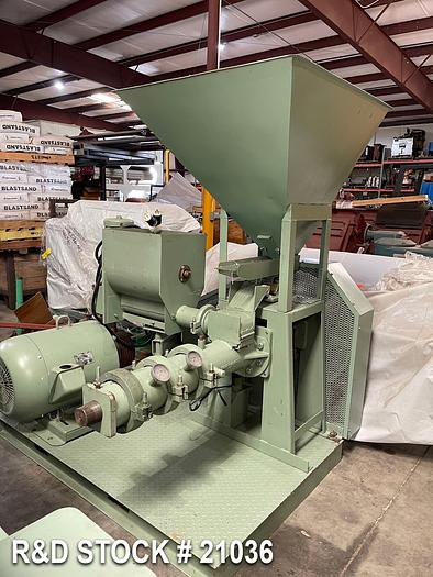 Used Instapro 2000 Extruder