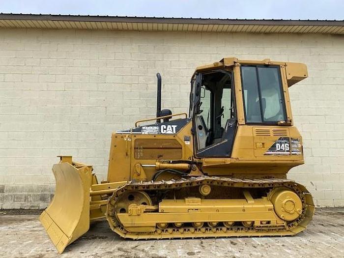 Used CAT D4G XL DOZER