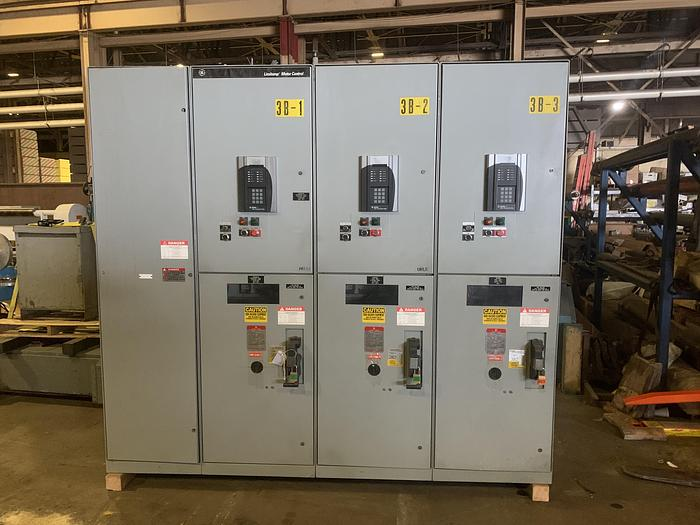 Used GENERAL ELECTRIC LIMITAMP CR194A118A2 300 HP CONTROLLER W/ DRAW-OUT AIR-BREAK CONTACTOR  THREE UNITS