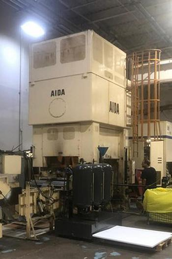330 Ton Aida Link Drive Production Press