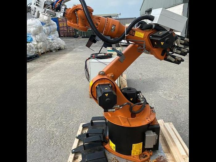 Used 2014 Kuka KR 16-2 16KG 6 Axis Robot