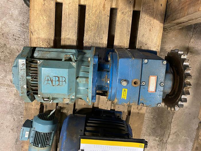 Used 5,5 kW, ABB Motors, Electric motor with reducer