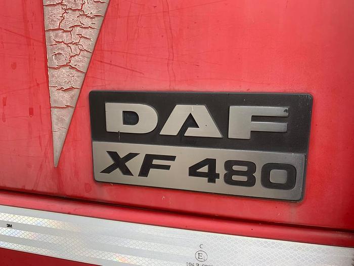 2002 DAF 95.480 XF 6x2 EURO 3 MANUAL 10 TYRES