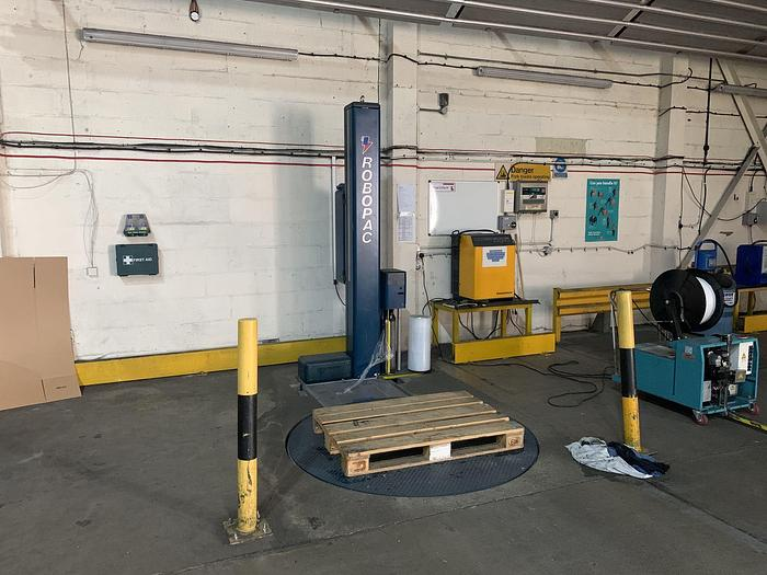 2009 ROBOPAC Roboplat 507 PFS Pallet Wrapper with Turntable