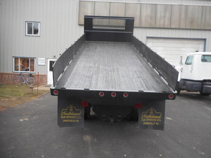 2005 Dumping Flatbed 20 ft- Stock #: 8244