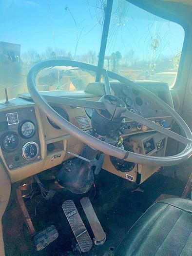 1988 MACK R688ST