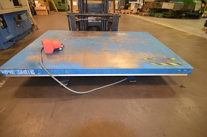 Used D 45 - Hymo Hydraulic lift table